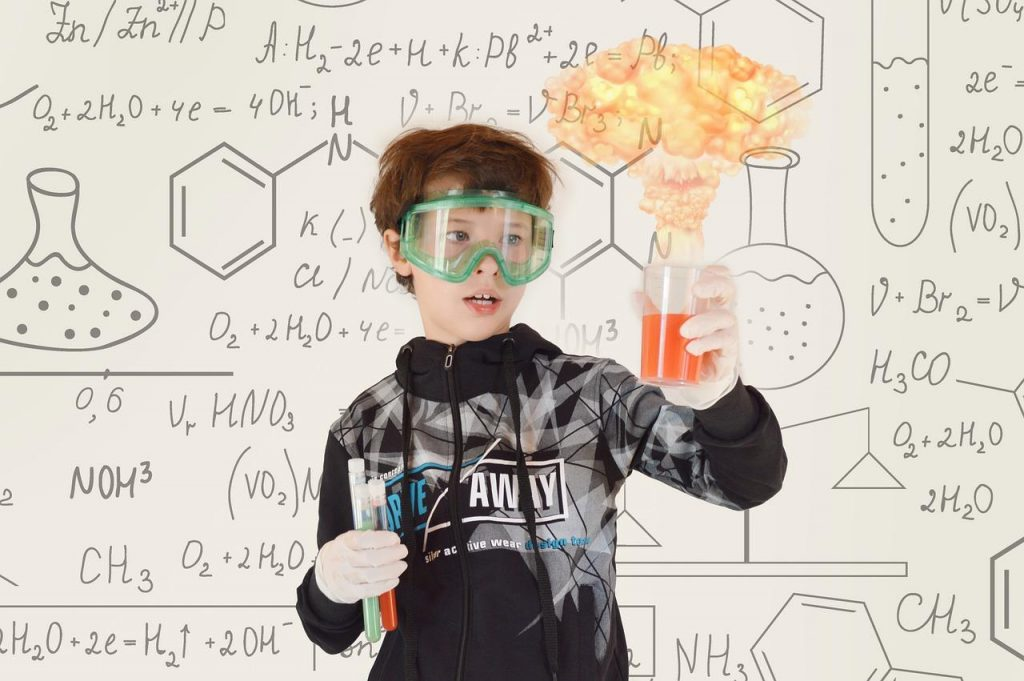 A child does chemistry